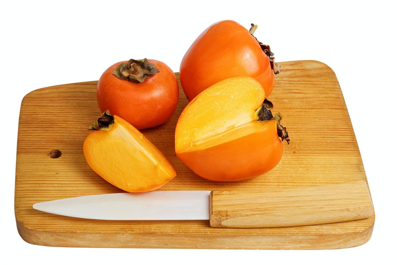 まな板の上の柿