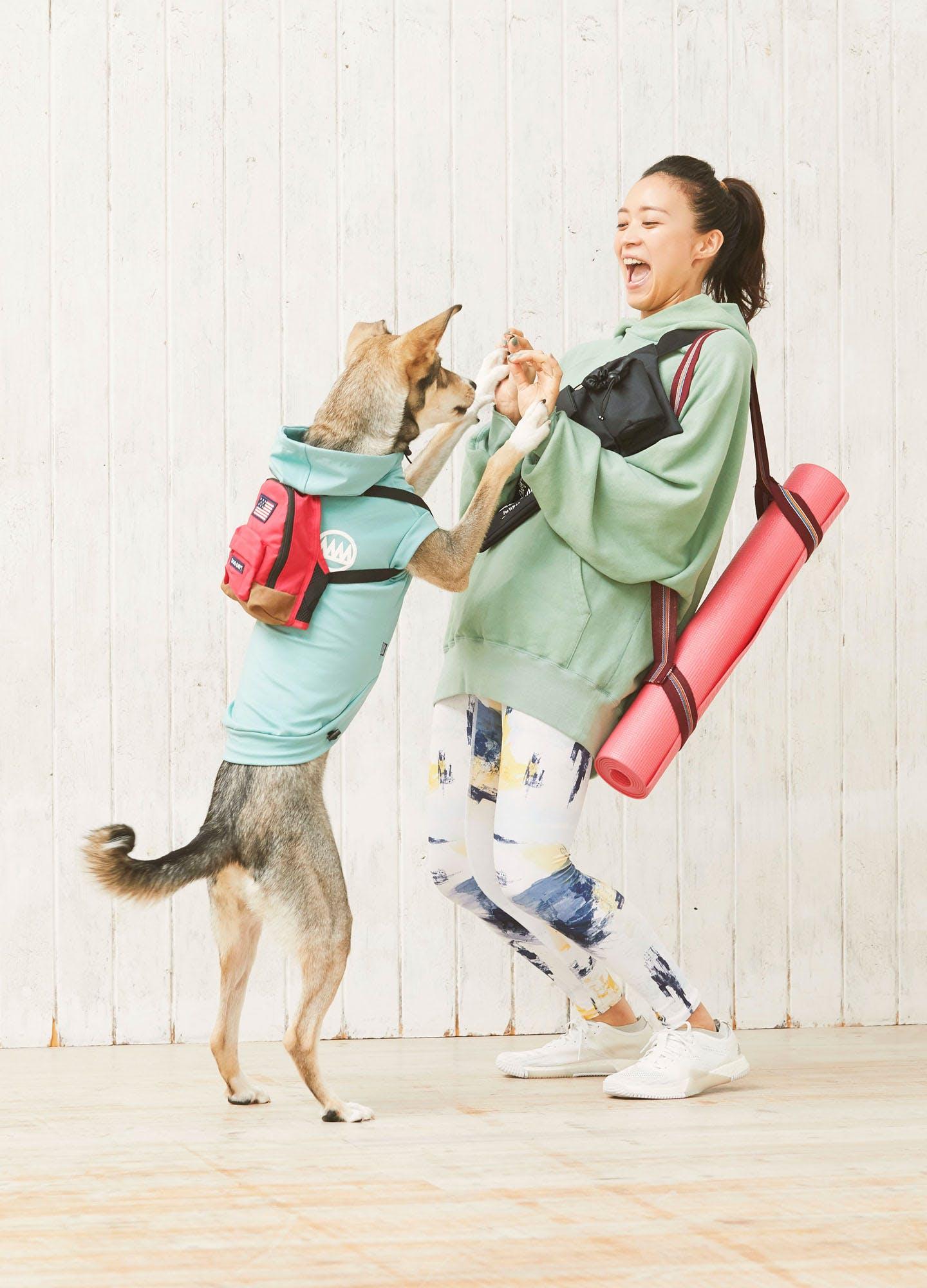 愛犬とリンクコーデでオシャレしよう! スポーツ服 ヨガ 大社カリン 保護犬 JOHNBULL Julier Yoga and RelaxL  BROTHERS DOG DEPT