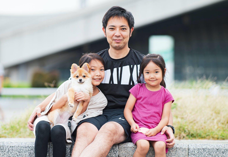 稲垣さんご家族とポメラニアンのやま