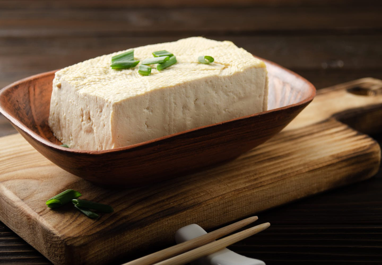 お皿に盛られた豆腐