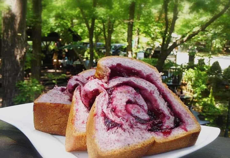 人気No.1のパン「ブルーベリーブレッド」