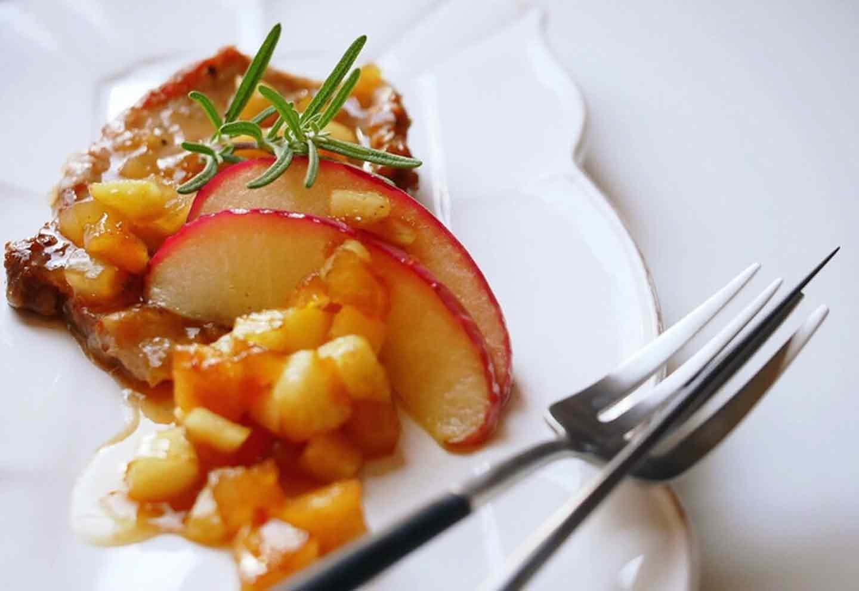 愛犬手作りごはんレシピ りんごのポークソテー