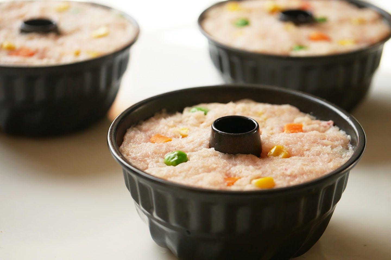 【1時間で完成】「ミートケーキ」に可愛く黒猫アレンジ!《愛犬手作りごはんレシピ》 オーブンで焼く