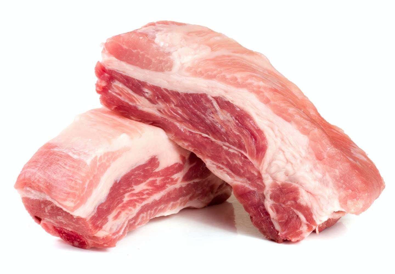 犬に生肉を食べさせるのはNG!?_犬と生肉