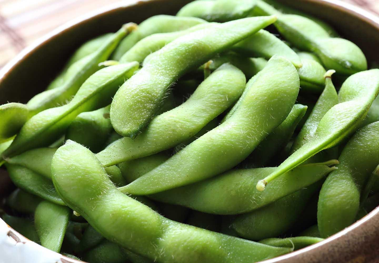 犬は枝豆を食べても大丈夫?適量やおすすめの調理法、大豆アレルギーなどの注意点について解説_枝豆