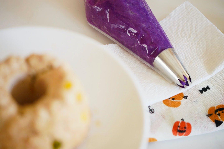 【1時間で完成】「ミートケーキ」に可愛く黒猫アレンジ!《愛犬手作りごはんレシピ》じゃがいもパウダー 紫芋パウダー トッピング
