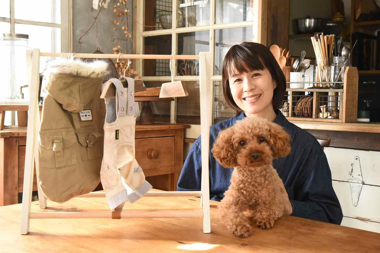 【100均の木材だけ】ハンガーラックを手作りして愛犬の洋服を可愛く収納しよう《はじめてのわんこDIY》