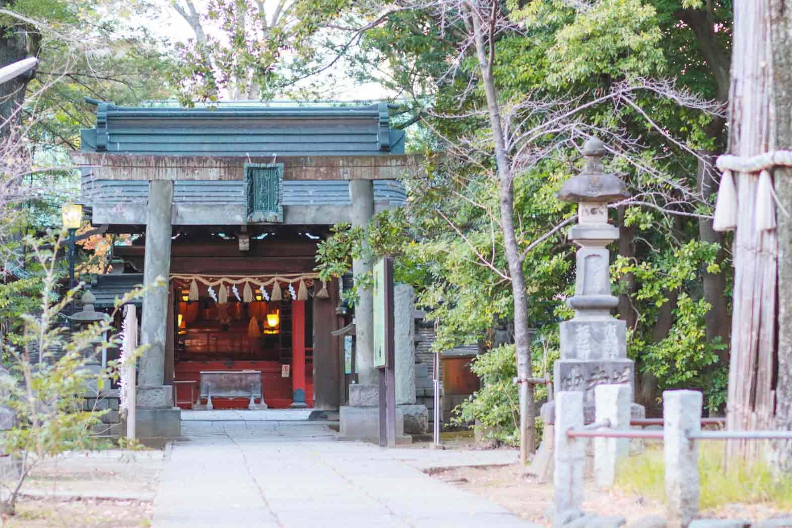 赤坂氷川神社入り口