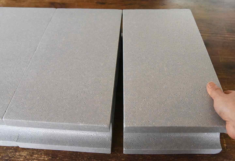 15分DIY 100均ブロックのお手軽ステップ テープでくっつける