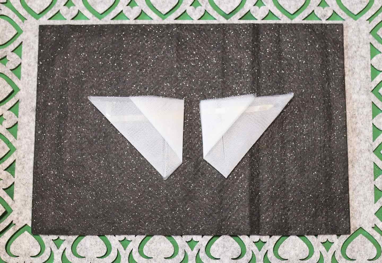 愛犬用蝶ネクタイの作り方 リュールを襟に見立てる
