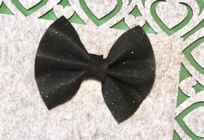 愛犬用蝶ネクタイの作り方 フェルトをリボンに
