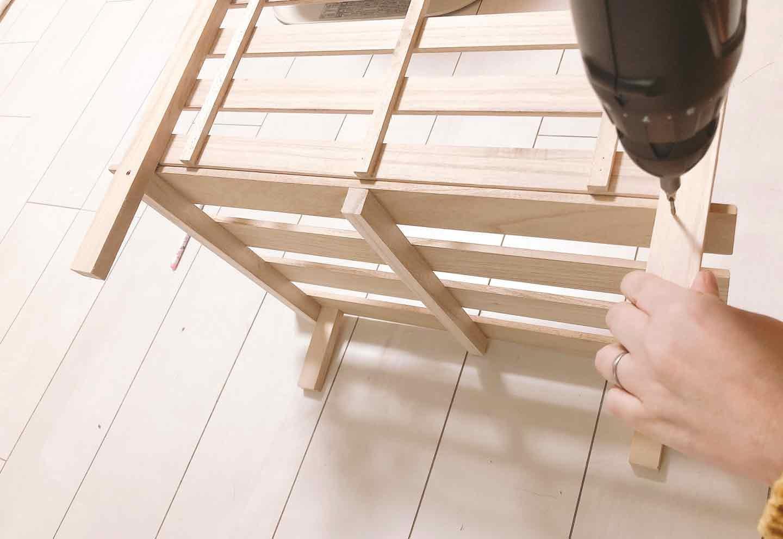 手作り愛犬用ソファー DIY  すのこと木材を釘で留める