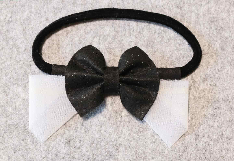 愛犬用蝶ネクタイの作り方 ゴムを取りつける