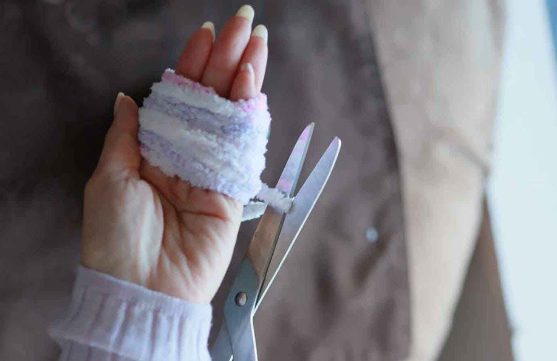 愛犬用指編み ポンポンの作り方