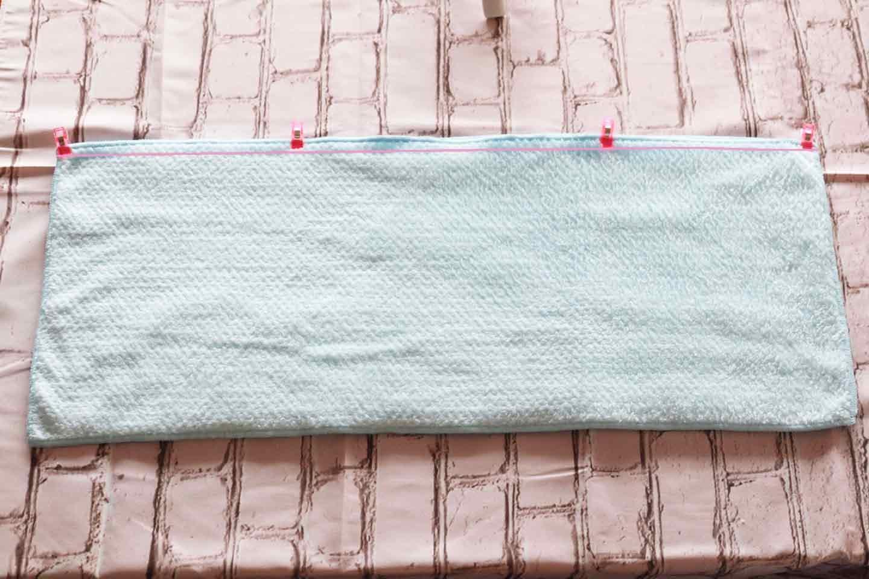 中大型犬向け 愛犬用タオルフードポンチョ 2枚のタオルを合わせて長辺を縫う