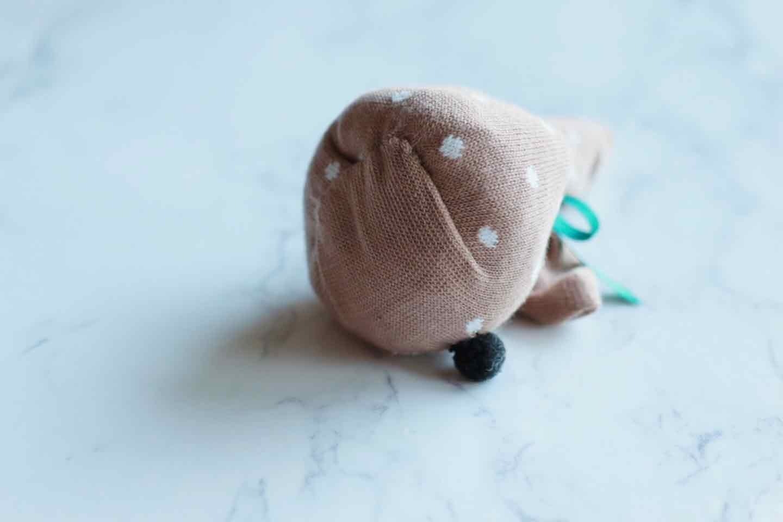靴下うさぎ 愛犬おもちゃ手作り 底を縫い合わせる
