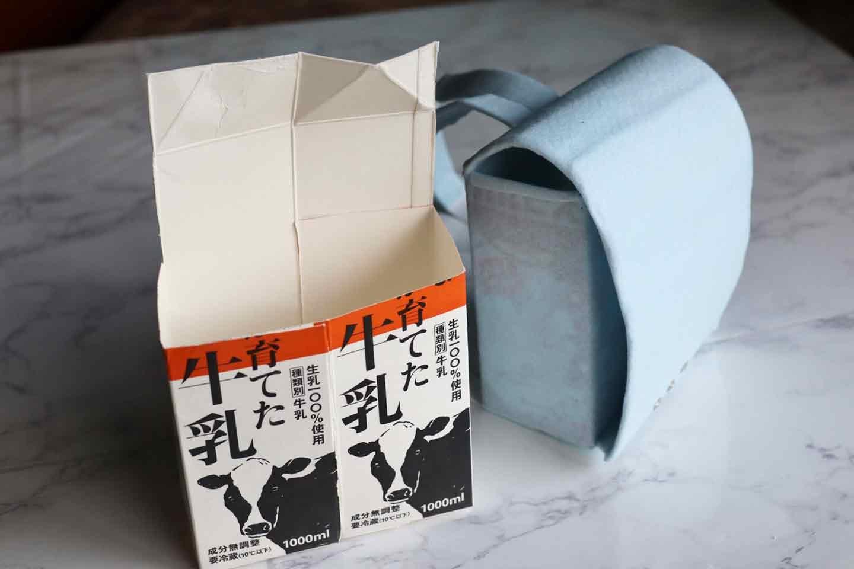 愛犬用ミニランドセル風の小物入れ 牛乳パックを2つ使う