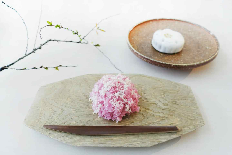 カフェ・ドン バイ スフェラ 老舗「嘯月」さんの上生菓子