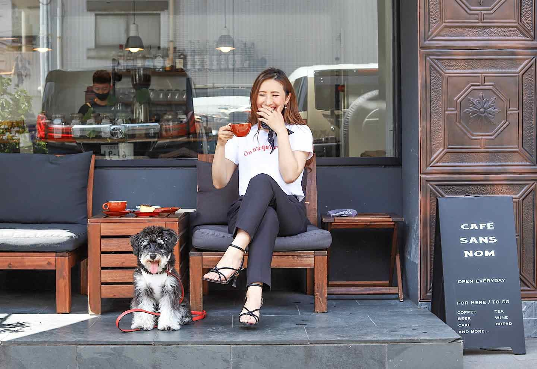 カフェサンズノム 愛犬とパリジェンヌ気分