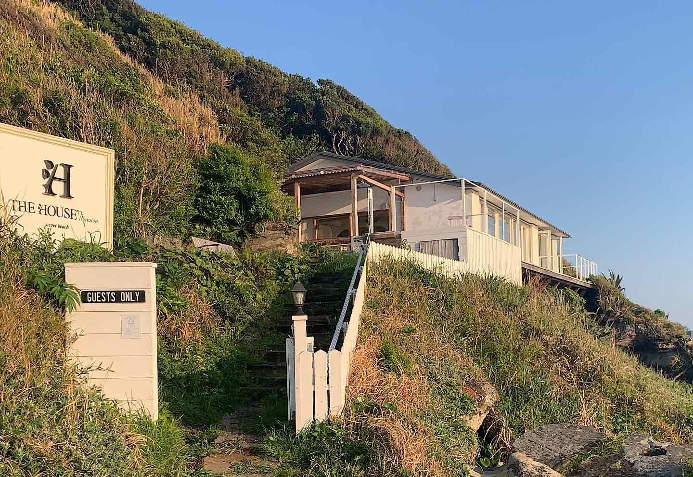 愛犬と泊まれる『THE HOUSE Moroiso secret beach』 外観