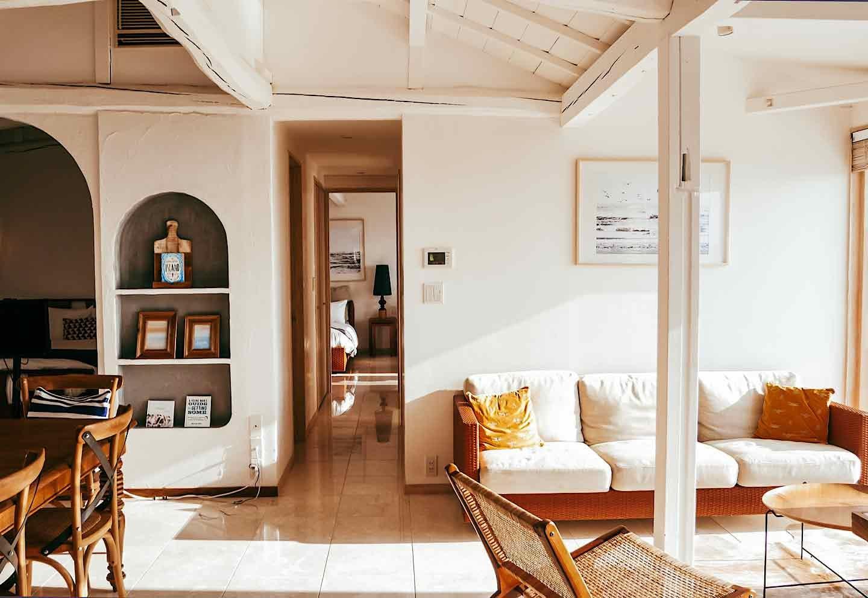 愛犬と泊まれる『THE HOUSE Moroiso secret beach』 内観
