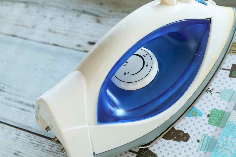 防水仕様の愛犬用ランチョンマットの作り方 ラミネーターの代わりにアイロンで代用