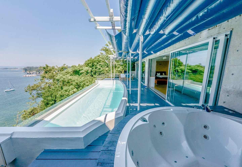 愛犬と泊まれる『THE HOUSE Koajiro』 『The shower living suite』 プール
