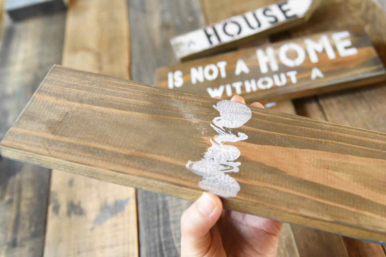 『わんこがいます!』ガーデンピックの作り方 木材を組み立てる