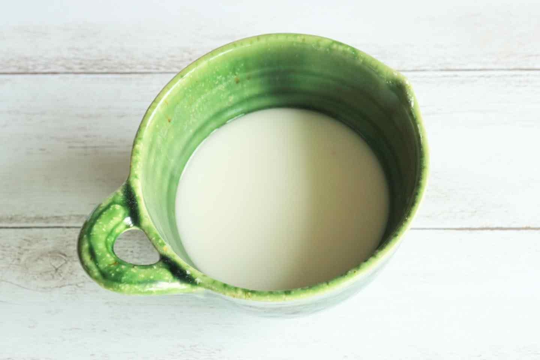 片栗粉で作る《自作保冷剤》の作り方 水溶き片栗粉を作る