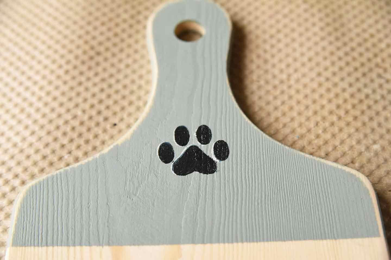 愛犬用トイレットペーパーホルダーの作り方 ステンシル 足跡ワンポイント