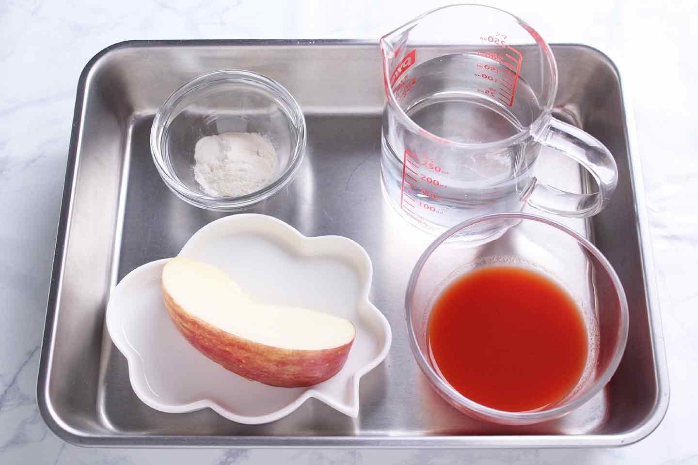 愛犬用カラフル寒天ゼリーの材料 粉寒天 水 トマトジュース リンゴ