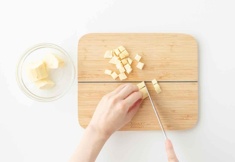 愛犬用さつまいもアイスの作り方 サツマイモを小さく切る