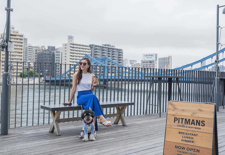 『PITMANS 』 犬OK  川沿い散歩