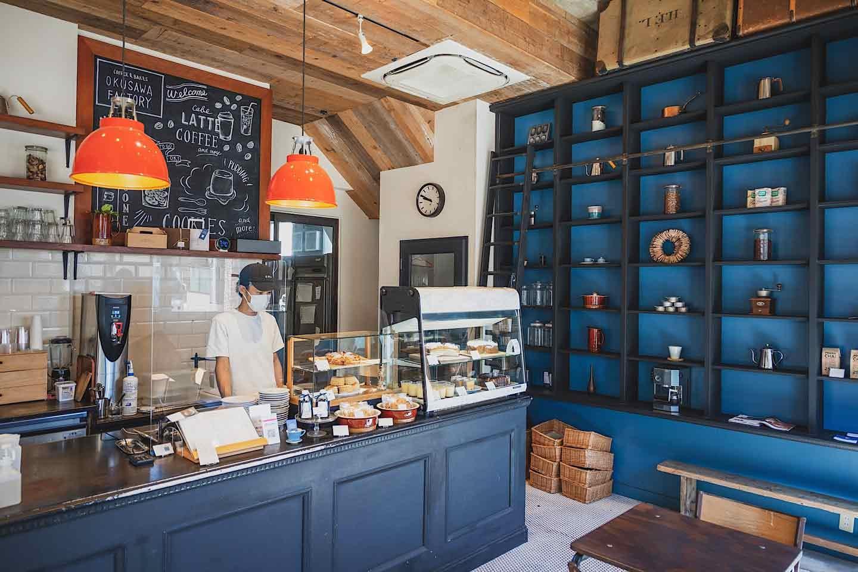 『OKUSAWA FACTORY Coffee & Bakes』 内観