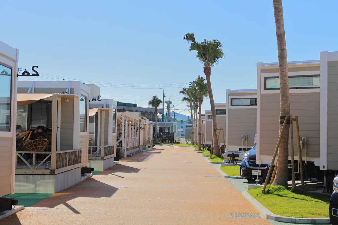 鹿児島にグランピングリゾートが登場!非日常の時を満喫する「Fukiagehama Field Hotel」